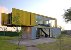 Container House - 4 Shipping Containers Prefab plus 1 for Guests - Who Else Wants Simple Step-By-Step Plans To Design And Build A Container Home From Scratch? Shipping Container Buildings, Shipping Container Design, Shipping Containers, Container Office, Storage Container Homes, Container Store, Prefab Container Homes, 20ft Container, Container Flowers