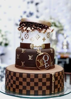 Luis Vuitton cake...i have a bag to match