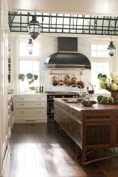 Kitchen Dreams. Interior Design: Austin Patterson Diston Architects.