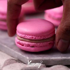 Macaroon | Yummy Jangan lupa share video ini dan follow @Yummy.IDN @IDNTimes.Video #macaroon #sweet
