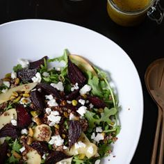 arugula salad with apples and roasted beets