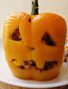 Halloween Food: Stuffed Pepper Jack-O-Lantern and Monster meatballs! Can't wait to make this for the kiddos!