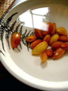 WHY SOAK YOUR NUTS?   When we eat raw nuts, we also eat the enzyme inhibitors that prevent the seed from sprouting. This takes a real toll on our digestion, since they will prevent our own enzymes from breaking down the food in our digestive tracts, inhibiting absorption of precious vitamins and minerals. Simply by soaking nuts in a little water, the nuts release these harmful enzymes, and at the same time, their nutritional value skyrockets.