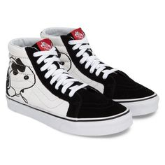 Men's Vans X Peanuts Sk8-Hi Sneaker (1.699.415 VND) ❤ liked on Polyvore featuring men's fashion, men's shoes, men's sneakers, mens black hi top sneakers, mens high top shoes, mens high top sneakers, mens canvas shoes and mens shoes