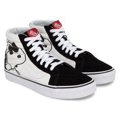 Men's Vans X Peanuts Sk8-Hi Sneaker (8360 ALL) ❤ liked on Polyvore featuring men's fashion, men's shoes, men's sneakers, peanuts joe cool black, mens vintage sneakers, mens hi top shoes, mens shoes, mens black canvas shoes and mens high top shoes