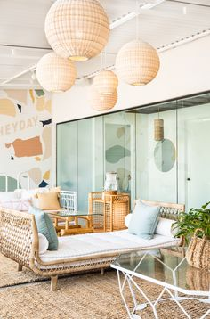 Heyday, a Calm & California-Cool Spot for Facials in Los Angeles – Design*Spon. Heyday, a Calm & California-Cool Spot for Facials in Los Angeles – Design*Spon. Coastal Bedrooms, Coastal Living Rooms, Master Bedrooms, Eclectic Living Room, Eclectic Decor, Eclectic Bedrooms, Eclectic Style, Coastal Style, Coastal Decor