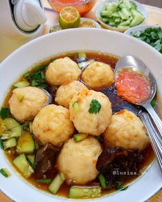 Indonesian Cuisine, Lunch Menu, Dumpling, Potato Recipes, Food And Drink, Cooking Recipes, Yummy Food, Snacks, Vegetables