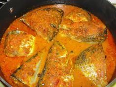 I got a request to do a post on Mackerel(Titus) stew, I already did a post on it last year so this is a recycled post.The sauce above has mackerel and Tila Fish Recipes, Seafood Recipes, Cooking Recipes, Ghana Food, West African Food, African Stew, Nigerian Food, Exotic Food, Caribbean Recipes