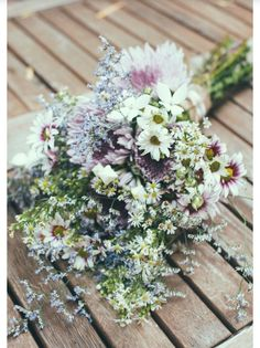 Bridesmaid Bouquet Size and Feel Inspo