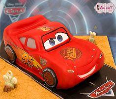 El coche favorito de los más pequeños... Rayo McQueen.