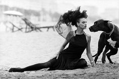 Peter Lindbergh-a Lady with a dog(LINDA EVANGELISTA)