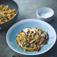 Lorraine Pascale's porcini, shiitake and oyster mushroom pasta with thyme and sage | Healthy pasta recipes - Red Online