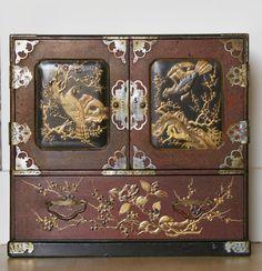 Cabinet en laque du Japon, or, brun et noir, Epoque Meiji, ANTINA Market, Proantic