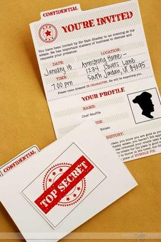 EVERYTHING you need to host and play your very own murder mystery detective game.  www.TheDatingDivas.com