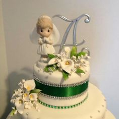 Top Arianna's First Communion Cake