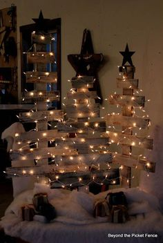 DIY Pallet Christmas Tree.