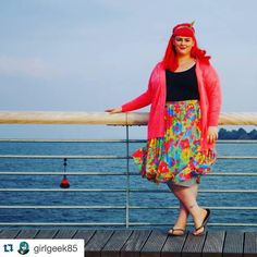 Today's #psbloggersinstagramadvent is the delicious  @girlgeek85  who has the most vibrant look and personality out there! I love her style and her infectious smile - she is simply beautiful! by curvygirlthin
