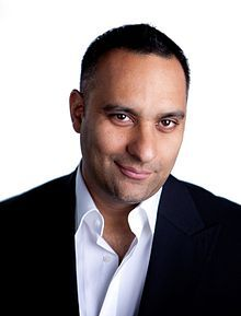 Russell Peters... BE A MAN! :)