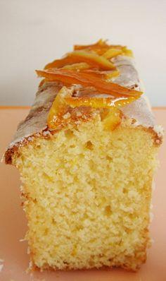 La ricetta facile della torta senza glutine di ricotta e arancia