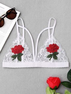 Strappy Floral Applique Lace Bra - White S Lingerie Look, Jolie Lingerie, Satin Lingerie, Lingerie Outfits, Women Lingerie, Lingerie Sets, Babydoll Lingerie, Lingerie Bonita, Body Suit Outfits