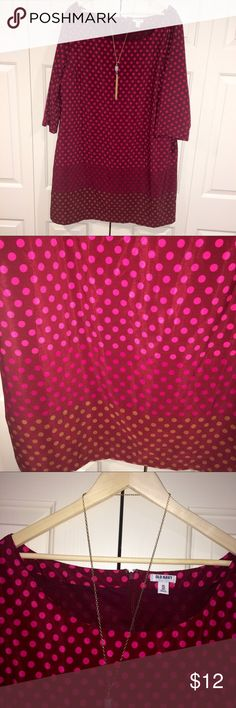 Old Navy Shift Dress XXL EUC Old Navy Shift Dress XXL EUC. Scoop neck, 3/4 sleeve. Beautiful colors, polka dots, ombré like bands with burgundy background. Pairs great with a long necklaces and wedges. Perfect summer dress! Nice alternative to Sleeveless. I just know you'll receive tons of compliments! Accessories not included. Old Navy Dresses