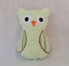 Soft mint green plush owl softie toy ☂. ☺  ☻. ✿