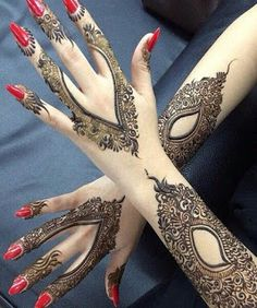 Find latest Indian Mehndi Designs for girls, see Indian Henna trends and styles pictures for ladies.