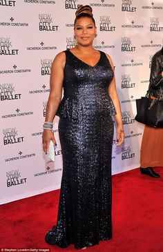 Queen Latifah showed off her curves in a glittering blue skirt and matching top at the New York City Ballet Spring 2013 Gala Join Fashion, Curvy Fashion, Plus Size Fashion, Queen Latifah, Look Plus Size, Plus Size Girls, Queen Dress, Dress Up, Peplum Gown
