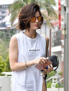 25 new short hairstyles for girls Trend bob hairstyles 2019 - 25 new short hairstyles for girls hairstyles hair - Girls Short Haircuts, Short Hairstyles For Thick Hair, Girl Short Hair, Short Hair Cuts, Curly Hair Styles, Outfits With Short Hair, Short Hair For Round Face, Layered Short Hair, Short Thick Hair