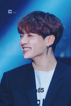 He melts my heart with that Smile Jungkook Smile, Jungkook Jeon, Jungkook Cute, Bts Jungkook, Taehyung, Jung Kook, Korean Boy Bands, South Korean Boy Band, Oppa Ya