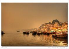 landscapelifescape:Varanasi, Uttar Pradesh, India;Varanasi morningby ¡arturii!