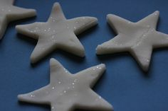 White Play Dough (or Snow Dough) Recipe (Gluten-free! Christmas Activities, Winter Activities, Activities For Kids, Crafts For Kids, Preschool Winter, Daycare Crafts, Sensory Activities, Christmas Books, Christmas Crafts
