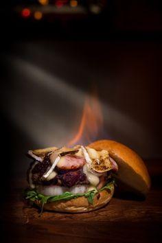 Flambe Burger 2 Fish Recipes, Whole Food Recipes, Chicken Recipes, Homemade Taco Seasoning, Homemade Tacos, Flambe Recipe, Flambe Desserts