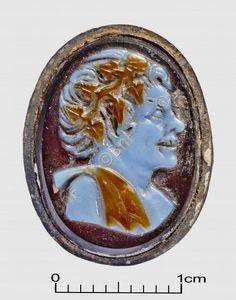 "camée, ""Buste de satyre"" (camée.93), BnF. Sardonyx, époque romaine"