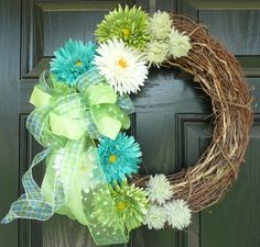 i think this would be adorable with gerbera daisies instead of what they call gerbera