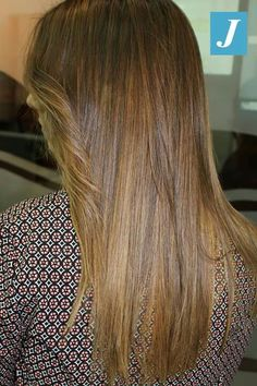 Biondo caramello nuova collezione #modacapellirosa #potenza #cdj #degradejoelle #tagliopuntearia #degradé #welovecdj #igers #naturalshades #hair #hairstyle #haircolour #haircut #fashion #longhair #style #hairfashion