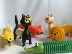 Toys by Czech Designer Libuše Niklová Kitsch, Modern Toys, Toy Art, Vintage Games, Retro Toys, Designer Toys, Wood Toys, Classic Toys, Vintage Love