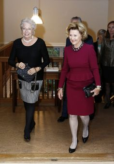 Queen Sonja takes graphic art to Stockholm The Queen Sonja Print Award was established in 2011 and is set to honour and support artists in graphic art. 26 September 2014