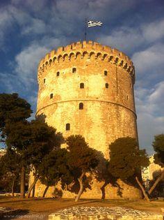 ... με χορούς κυκλωτικούς ... Monument Valley, Paradise, Places, Nature, Blue, Travel, Thessaloniki, Viajes, Naturaleza