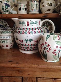 Emma Bridgewater Christmas Joy jug (with friends) Emma Love, My Emma, Tracy Ann, Emma Bridgewater Pottery, Christmas Bowl, Stoke On Trent, Red Green, Dinnerware, Tea Party