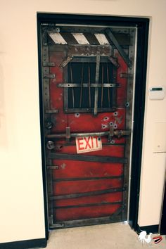 Left 4 Dead door at Rooster Teeth's office. Awesome design. Made by Griffon Ramsey. :) so awesome.