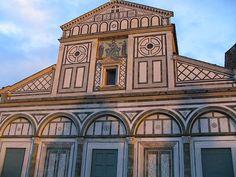San Miniato al Monte bazilika, a Piazzale Michelangeló közelében