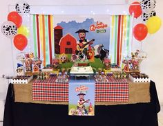 Gabriela M's Birthday / Farm - Photo Gallery at Catch My Party Farm Animal Birthday, Farm Birthday, 1st Birthday Parties, Farm Party, Farm Theme, Animal Party, Party Time, First Birthdays, Party Ideas