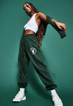 Fashion Poses, Fashion Shoot, Sport Fashion, Fashion Outfits, Womens Fashion, Studio Photography Poses, Color Block Sweater, Pin Tucks, Track And Field