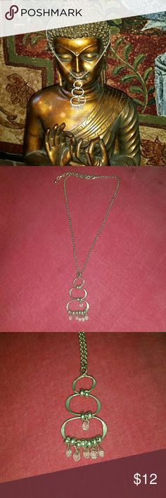 ☆☆▪SALE ☆☆☆  3 Tiered silver necklace Delicate 14 in. chain with 2 in. extender, falls nicely with clear dangling stones. Jewelry Necklaces