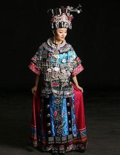 """Résultat de recherche d'images pour """"traditionnel miao hmong embroidery clothes"""""""