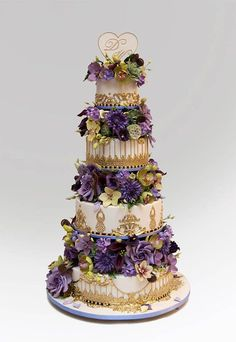Named the King of Cakes by Modern Bride magazine, Ron Ben-Israel have been a favorite among celebrities and the style-conscious since 1993. Description from myperfectweddingcake.blogspot.com. I searched for this on bing.com/images