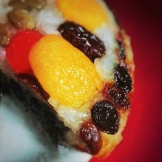 The Hong Kong Cookery: Eight Treasures Rice Pudding 八寶飯 Chinese Food, Chinese Recipes, Chinese Desserts, Cake Recipes, Dessert Recipes, Sweet Buns, Dessert Dishes, Almond Cookies, Fortune Cookie