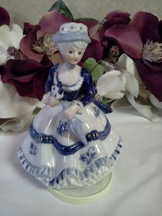 """Vintage Musical Figurine Dancing Girl. Plays """"You Light Up My Life"""""""