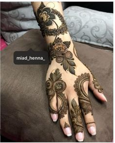 New and Simple Collection of Mehandi Design - Brain Hack Quotes Basic Mehndi Designs, Latest Henna Designs, Floral Henna Designs, Finger Henna Designs, Henna Art Designs, Mehndi Designs For Girls, Mehndi Designs For Beginners, Dulhan Mehndi Designs, Mehndi Designs For Fingers